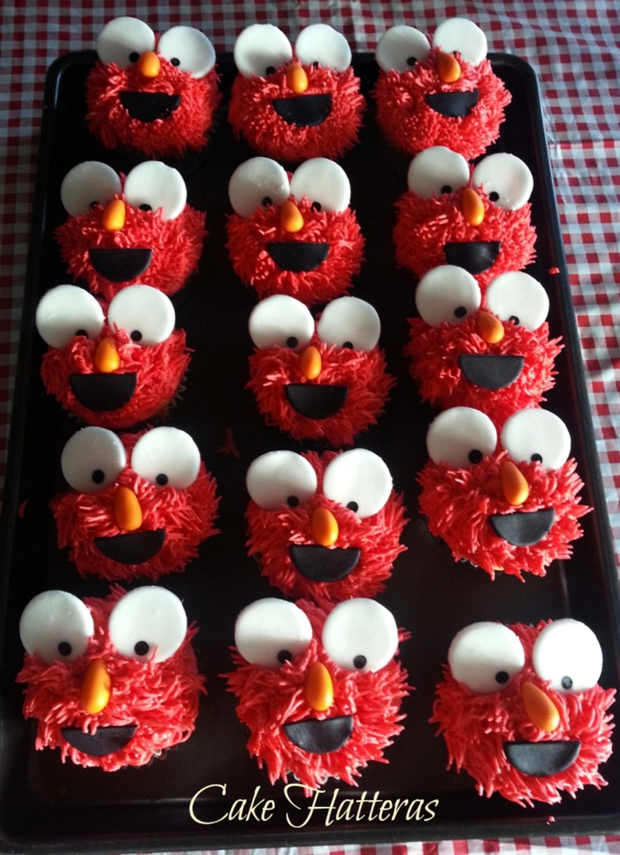 Elmo Cupcakes Iced With Buttercream And Mmf Accents This Was To Go Along With A Smash Cake Which Had A Fondantgumpaste Elmo Sitting On The... on Cake Central