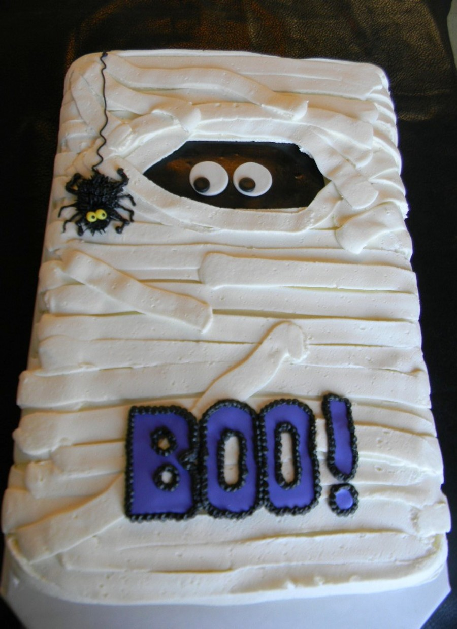 Easy Cake Decorating Halloween : Just Dropped By, To See My Mummy! - CakeCentral.com