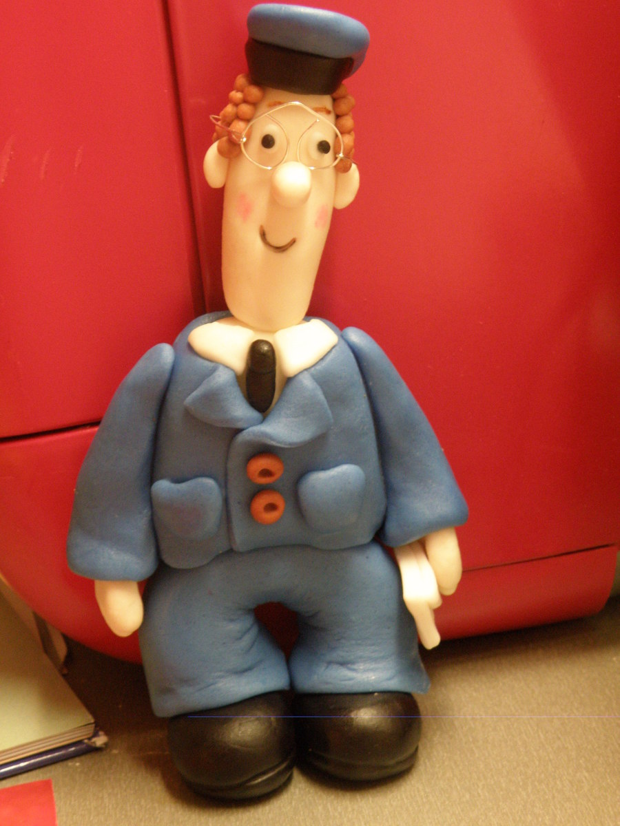 Postman Pat Figure on Cake Central
