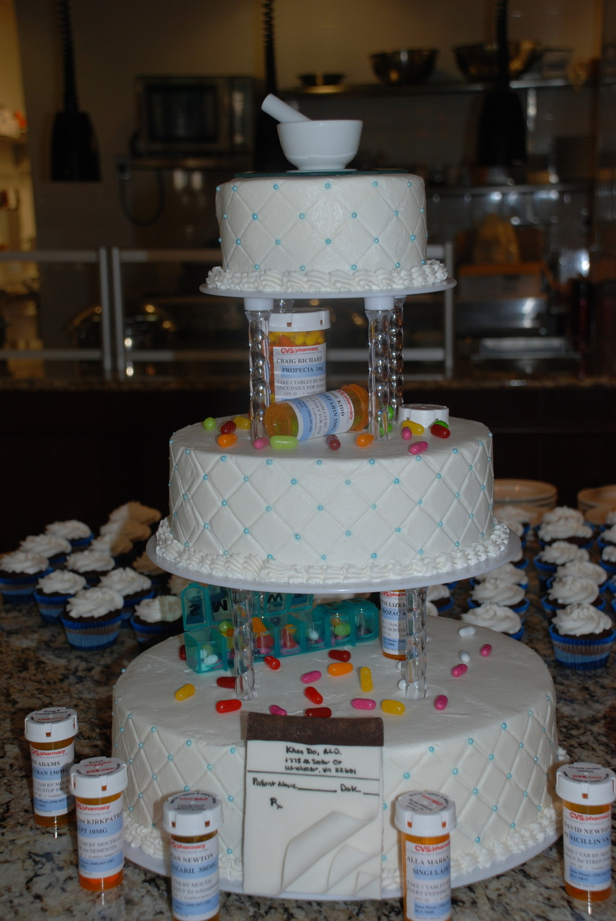 Pharmacy School Graduation Cake Cakecentral Com