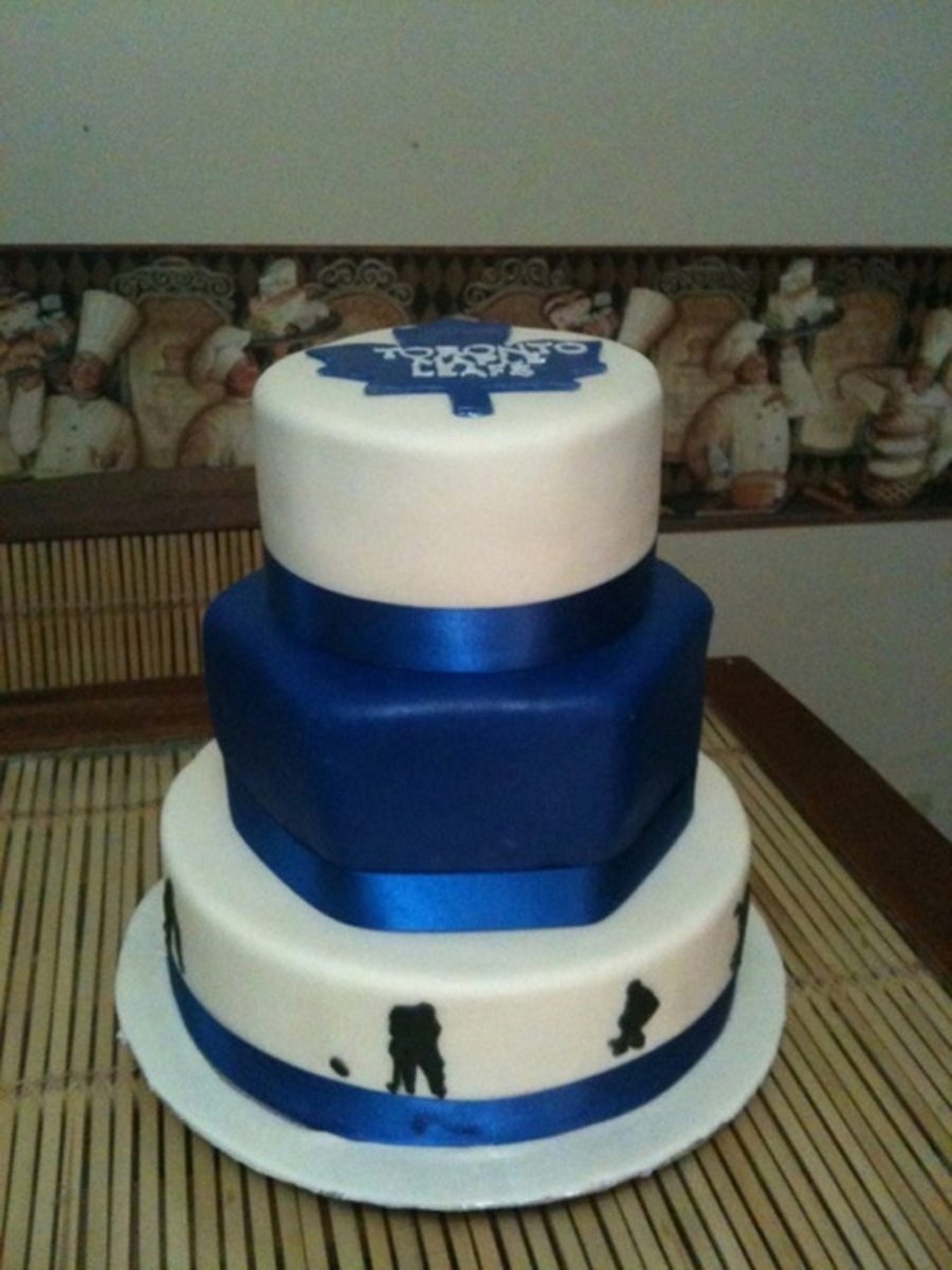 Toronto Maple Leaf Wedding Cake on Cake Central