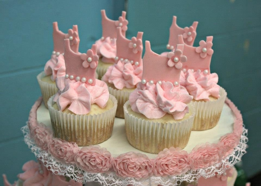 tutu cupcakes for ballerina baby shower