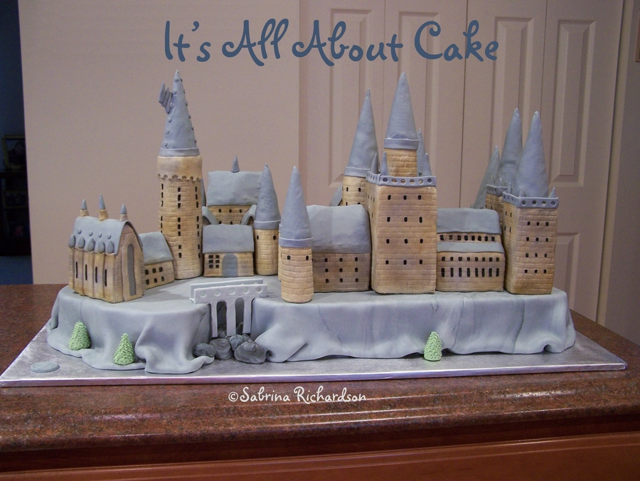 Hogwarts Castle Cake on Cake Central