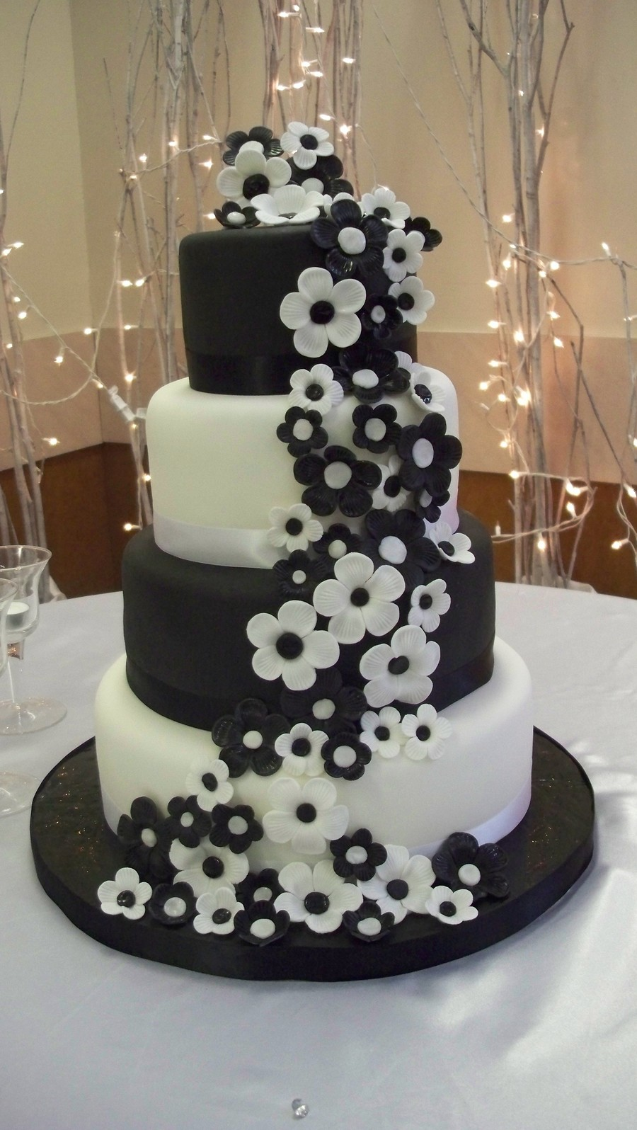 black wedding cakes with flowers black and white wedding cake cakecentral 11887
