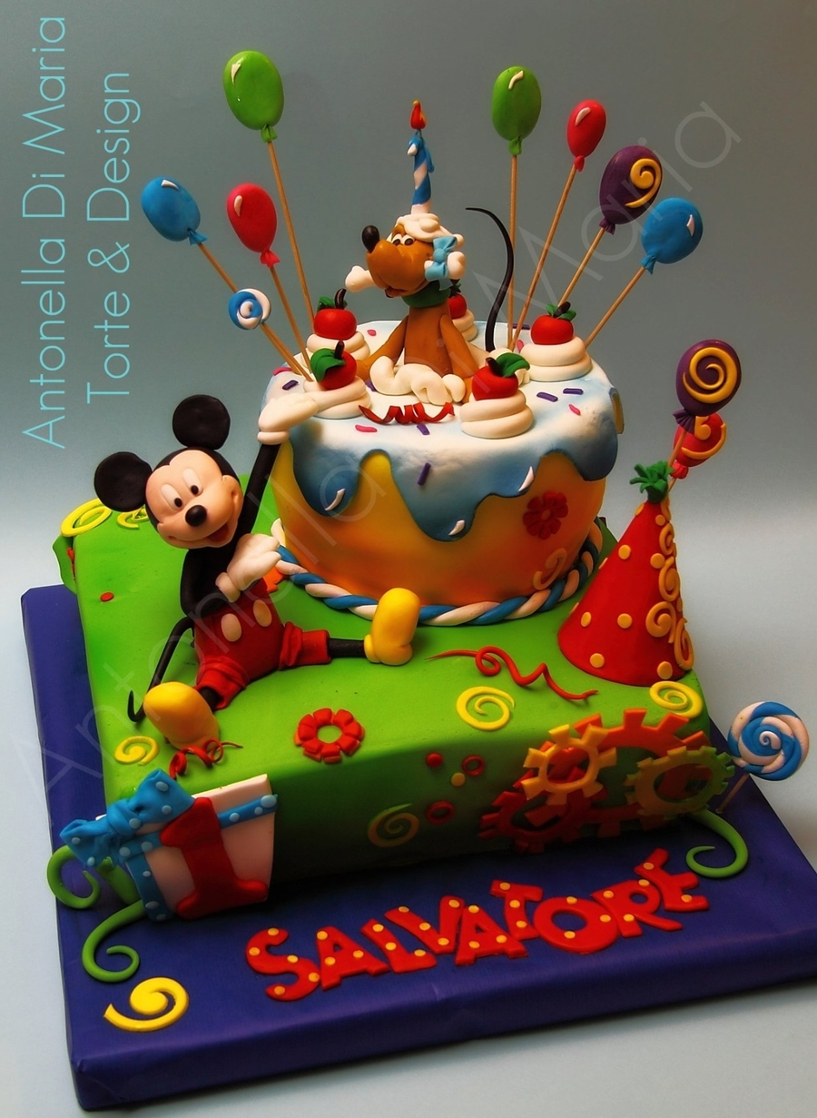Mickey Mouse And The Cake! on Cake Central