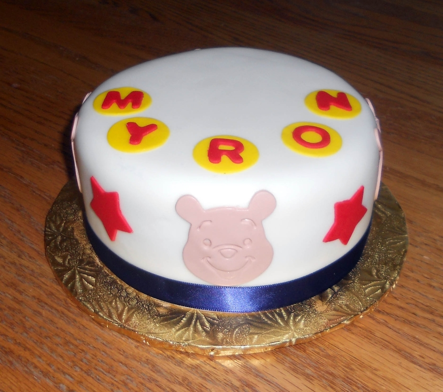 Whinnie The Pooh on Cake Central