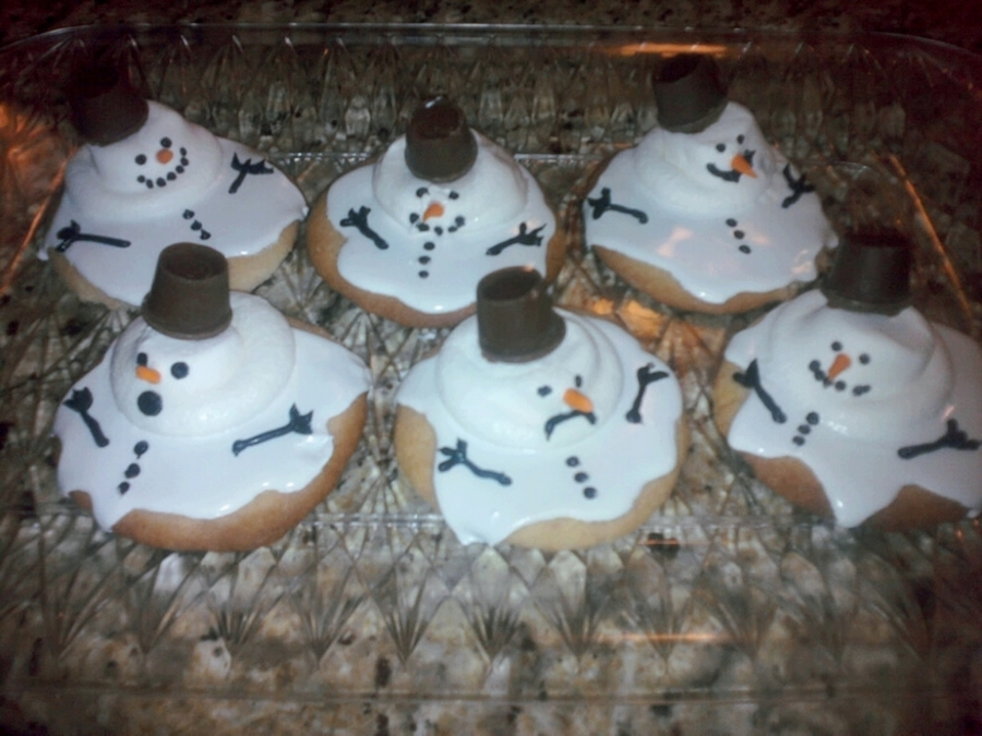 The Ever Popular Melted Snowman Cookies! on Cake Central
