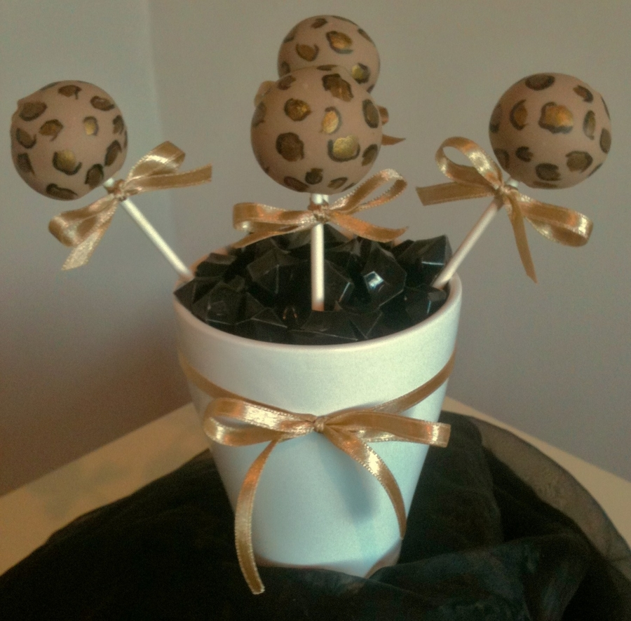 Leopard Print Cake Pops on Cake Central