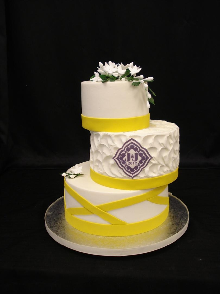 Yellow Side Stack on Cake Central