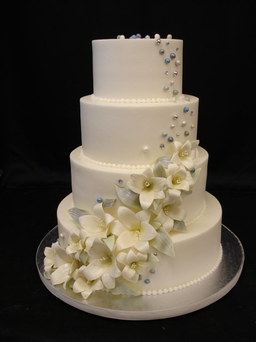 Lilly Cascade on Cake Central