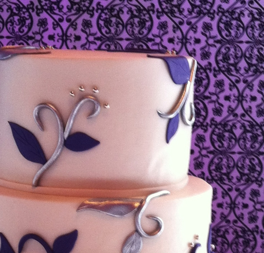 Silver-Purple on Cake Central