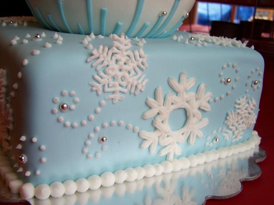 december birthday cakes - 900×675
