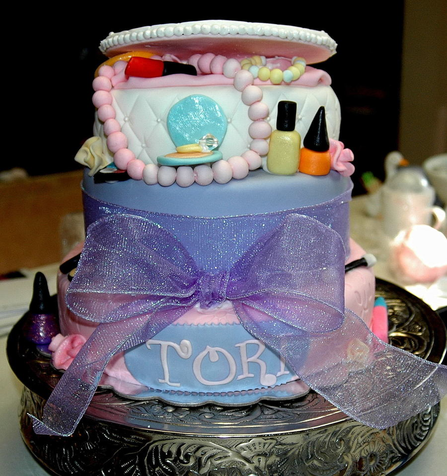 Jewery Box And Makeup on Cake Central