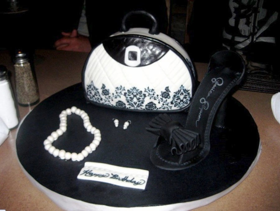 Hand Bag And Heel Cake on Cake Central