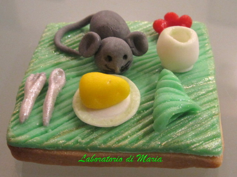 A Mouse On The Table on Cake Central