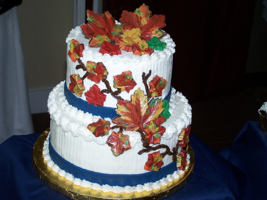 wedding cake autumn leaves fall leaves wedding cake cakecentral 21764