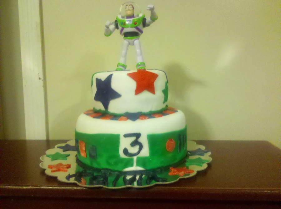 The Infamous Buzz Lightyear Birthday Cake  on Cake Central