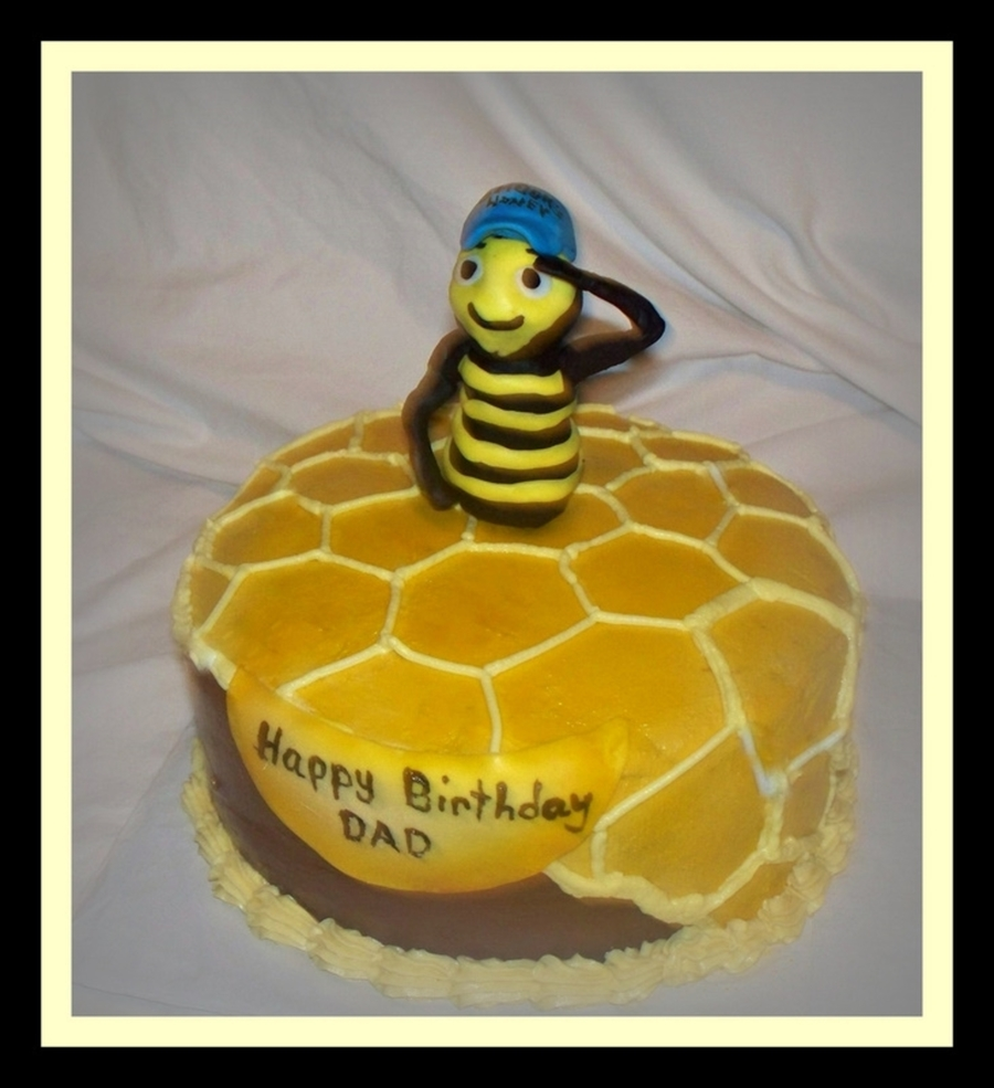 Super Honey Bee Birthday Cake Cakecentral Com Funny Birthday Cards Online Inifofree Goldxyz