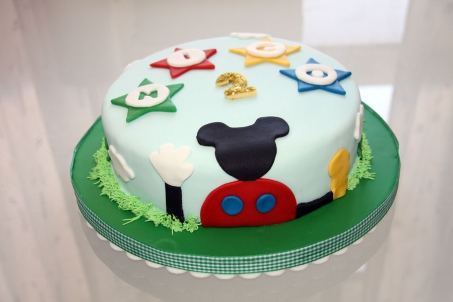 Mickey Mouse House on Cake Central