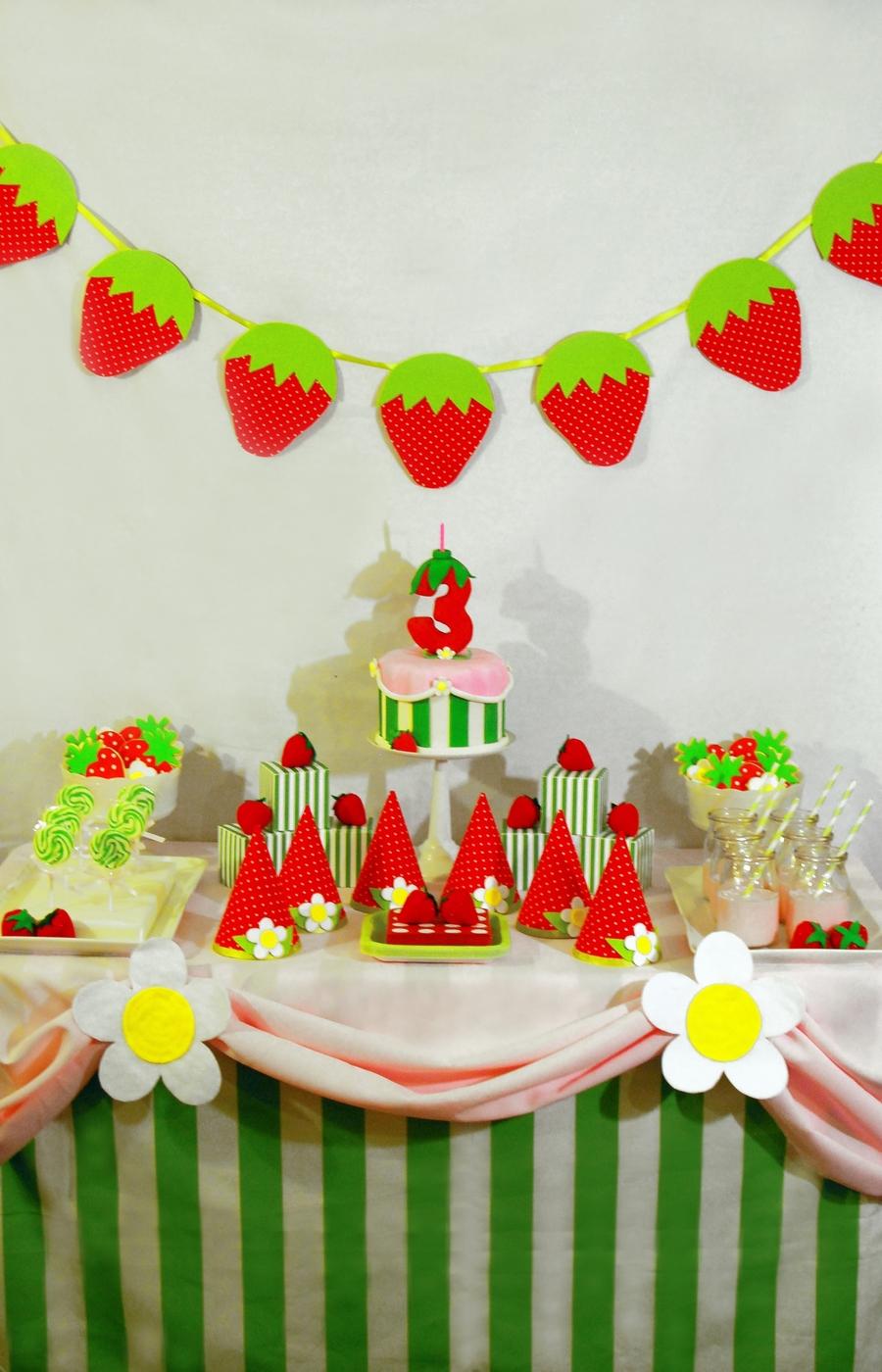 Strawberry Shortcake Birthday Cake And Dessert Table ...