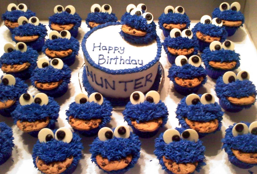 Cookie Monster Cupcakes And Smash Cake - CakeCentral com
