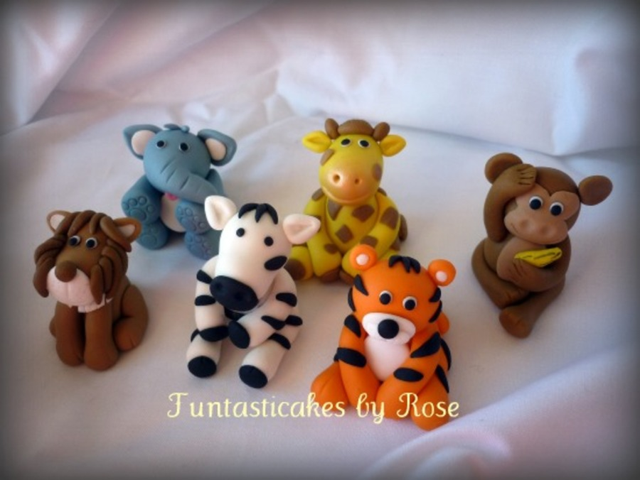 Jungle safari animals cake toppers for Animal cake decoration