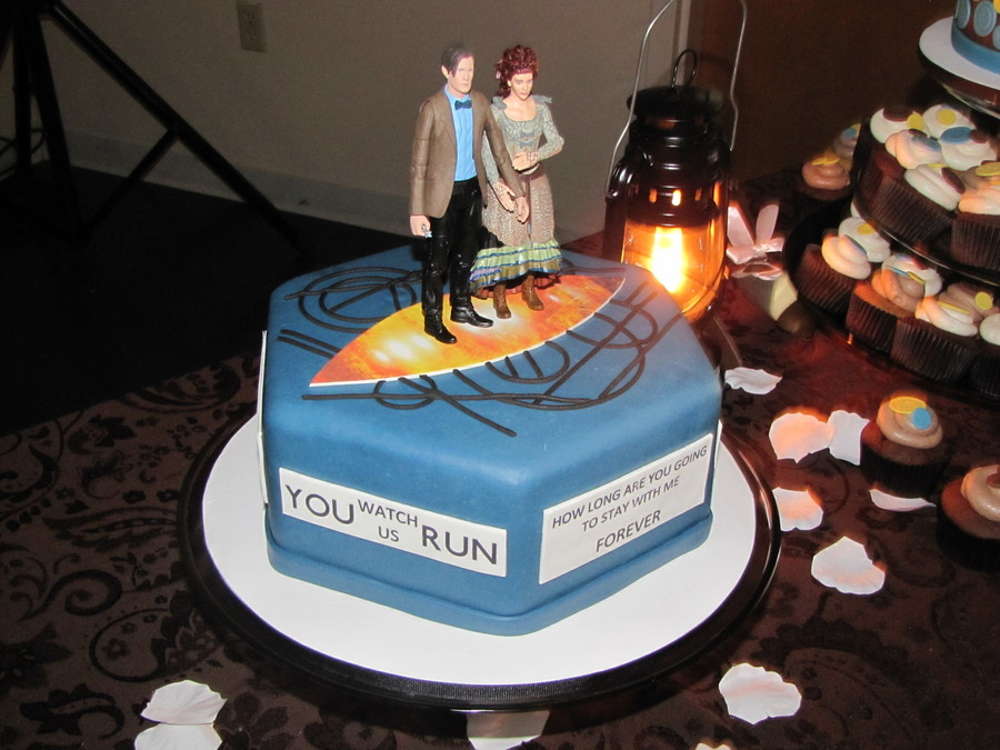 Dr. Who Groom's Cake on Cake Central