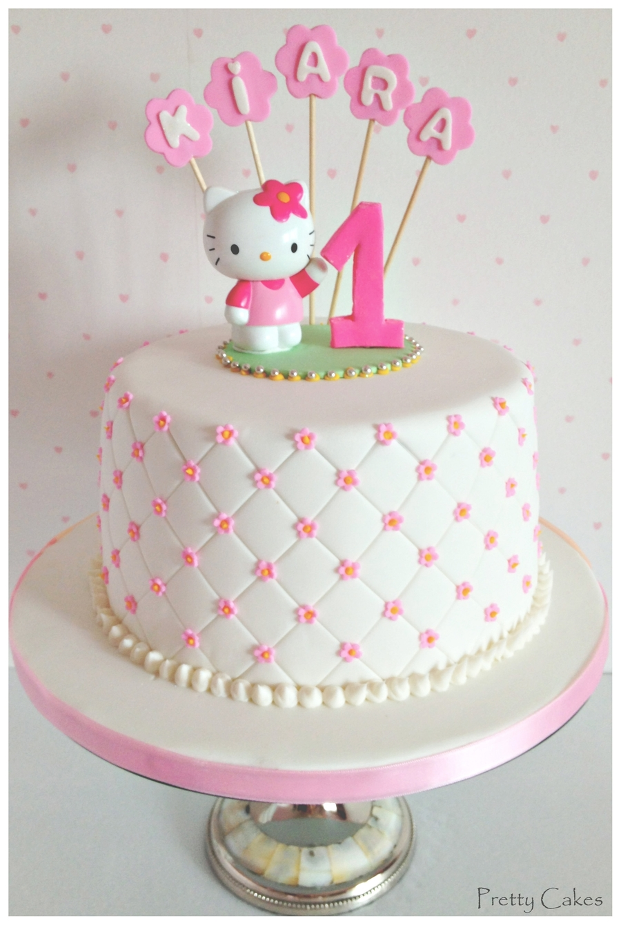 hello kitty birthday cake hello kitty 1rst birthday cakecentral 4780