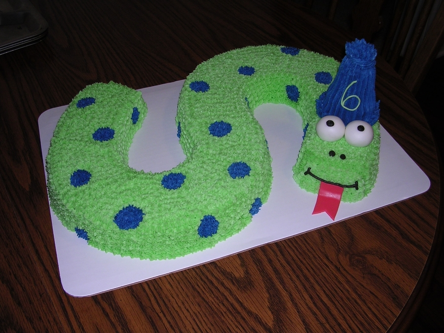 Fantastic Snake Birthday Cake Cakecentral Com Funny Birthday Cards Online Aboleapandamsfinfo