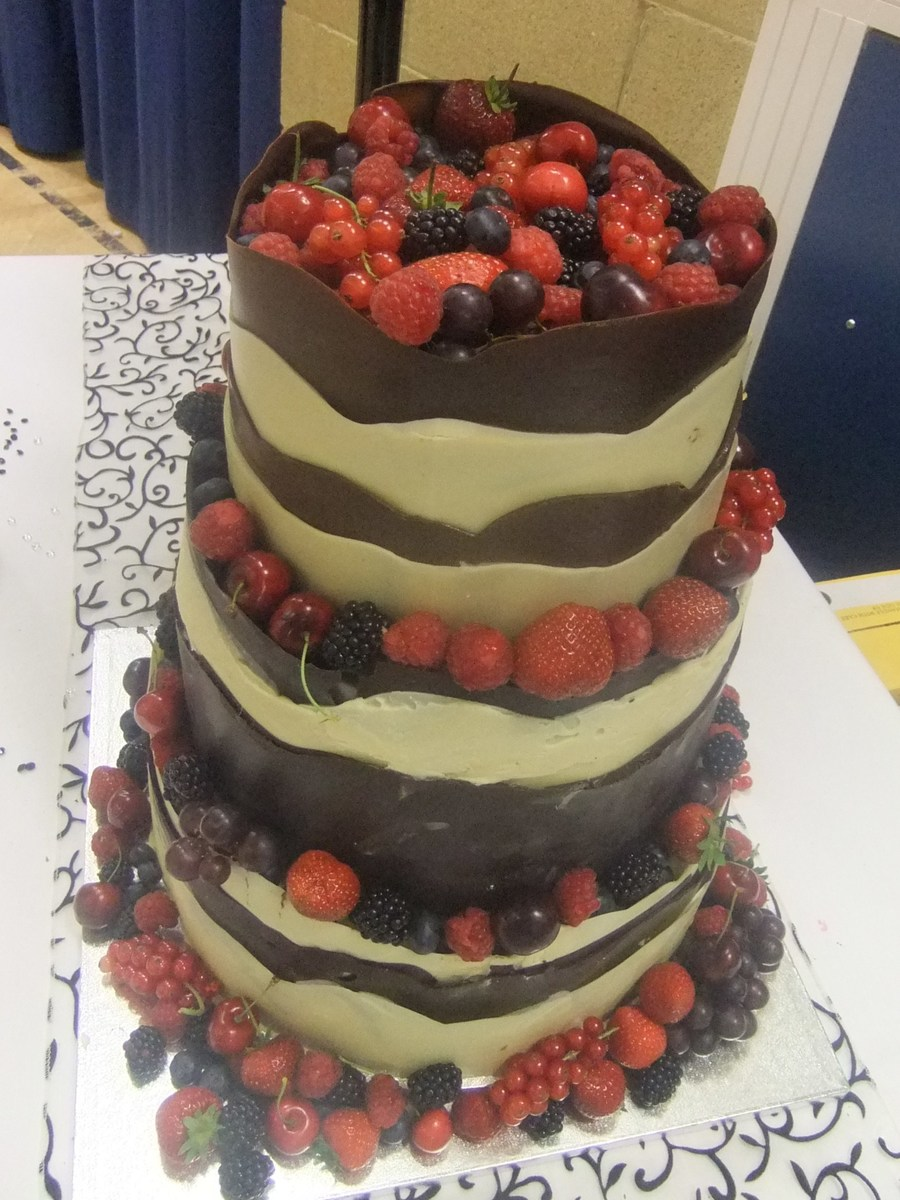 how to make a chocolate wedding cake uk chocolate wrap wedding cake cakecentral 15800