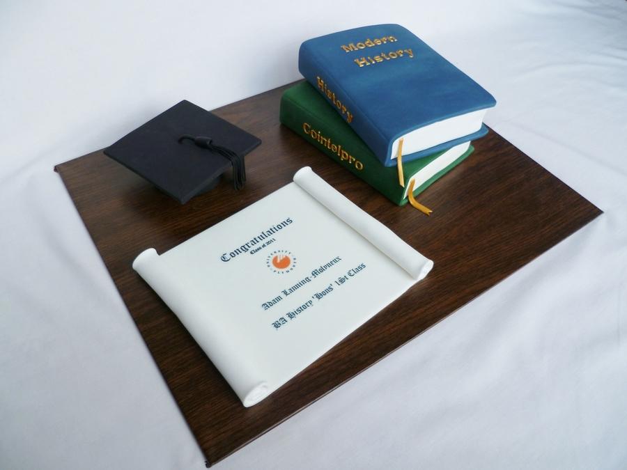 History Of Cake Decorating Books : History Books Graduation Cake - CakeCentral.com