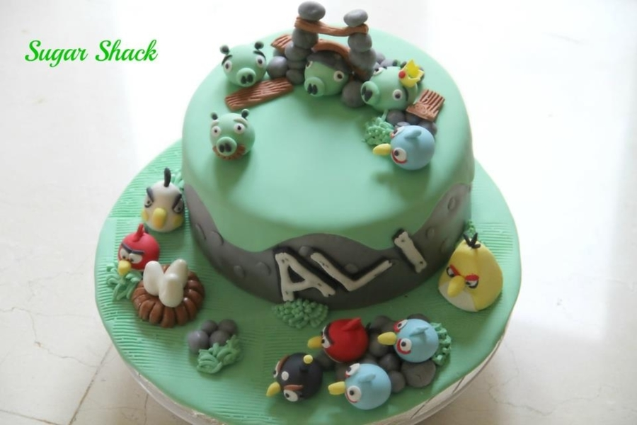 Angry Bird Cake!! on Cake Central