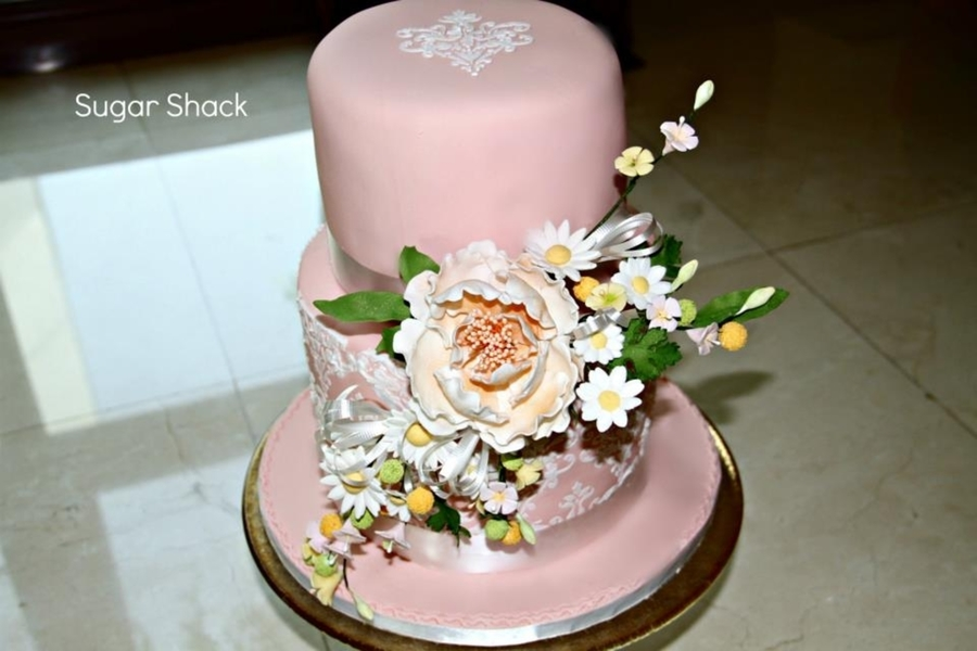 Damask Stencilled Wedding Cake on Cake Central
