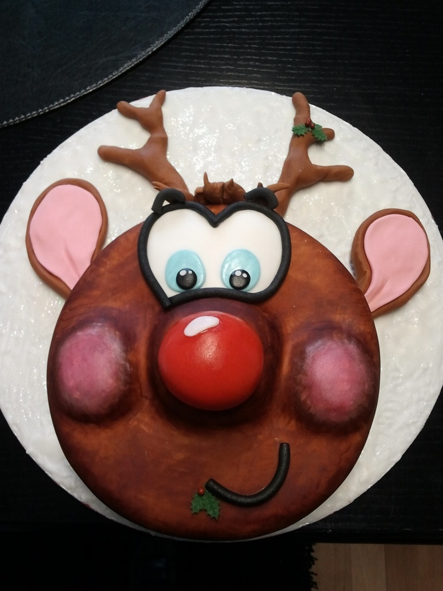 Mr. Rudolf Fruit Cake on Cake Central