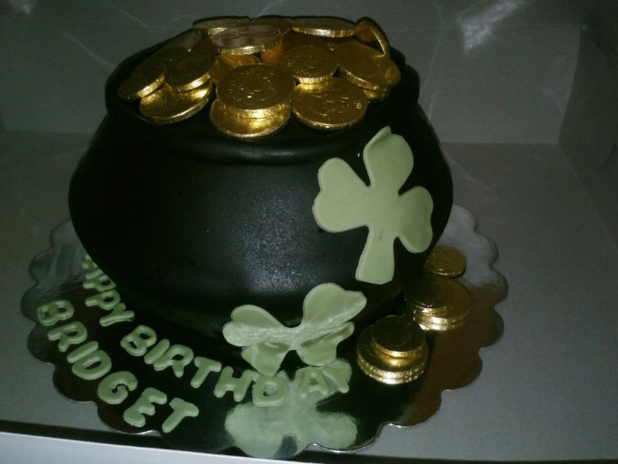 Pot Of Gold on Cake Central
