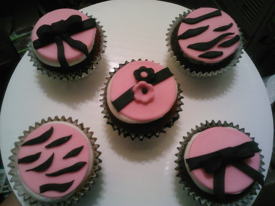 Pink And Black Cupcakes!!! on Cake Central