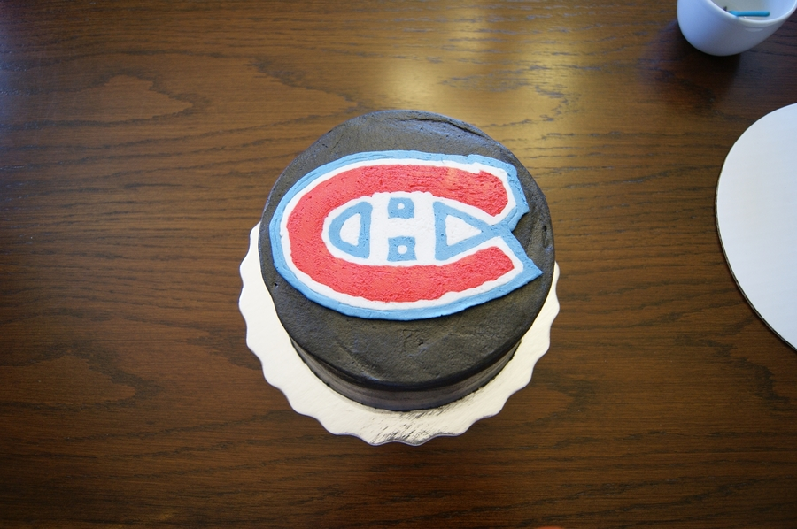 Montreal Canadiens Hockey Puck  on Cake Central