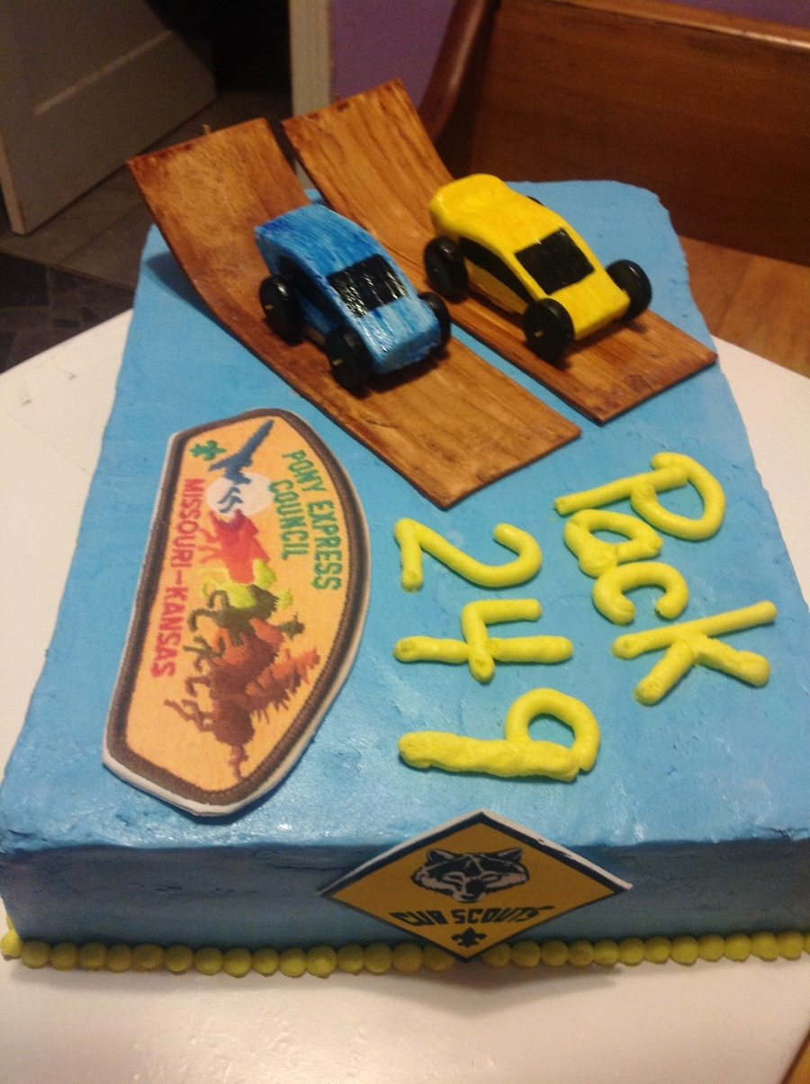 Cake Decorating For Cub Scouts : Pinewood Derby Boy Scout Cake - CakeCentral.com