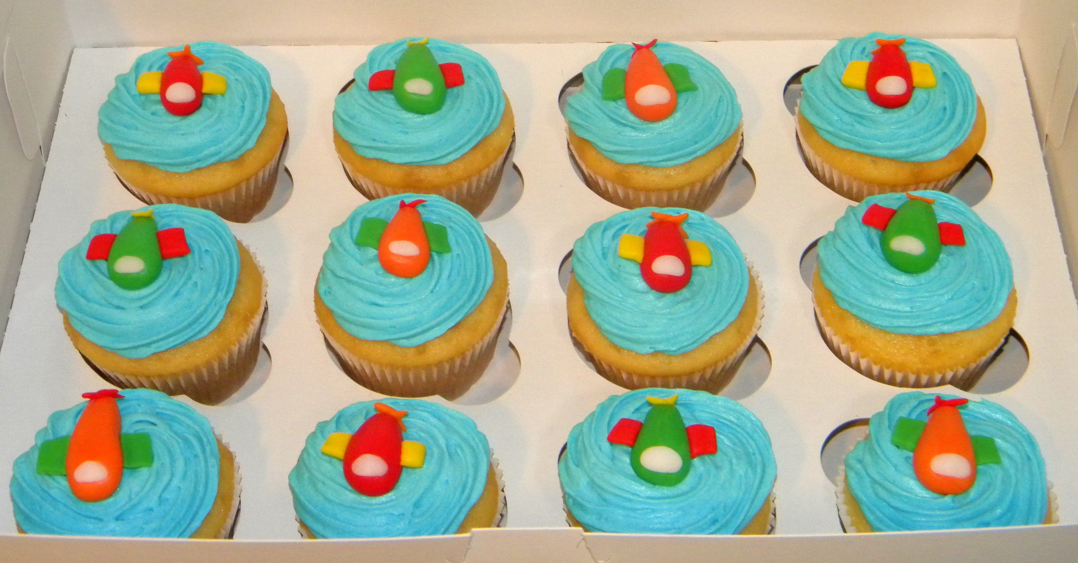Images Of Birthday Cakes For 8 Year Old Boy : Birthday Cake For A 8 Year Old Boy Cake Is Vanilla With ...