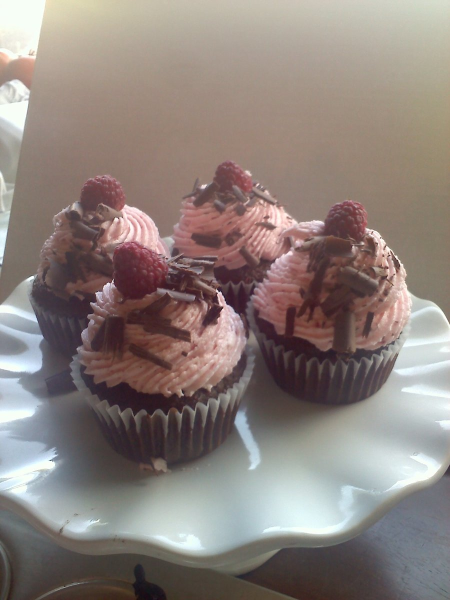 Chocolate Raspberry Cupcakes on Cake Central