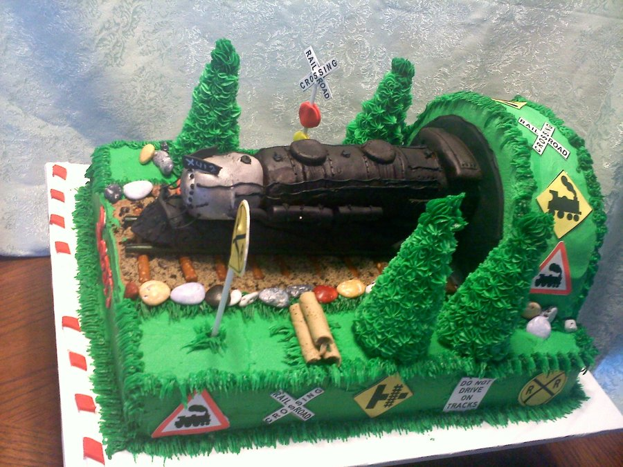 This Cake Was Made For A Llittle Man Whos Birthday On Nationa Train Day The From Rice Cearl And Modeling Chocolate