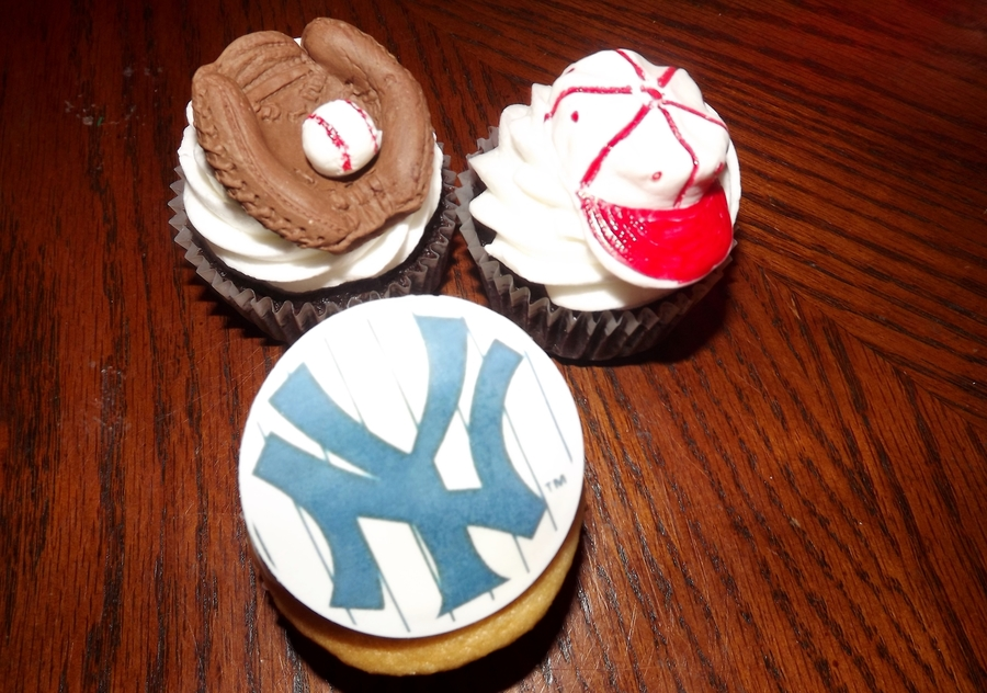 Sports Cupcakes on Cake Central