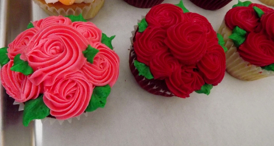 Tea Rose Cupcakes on Cake Central