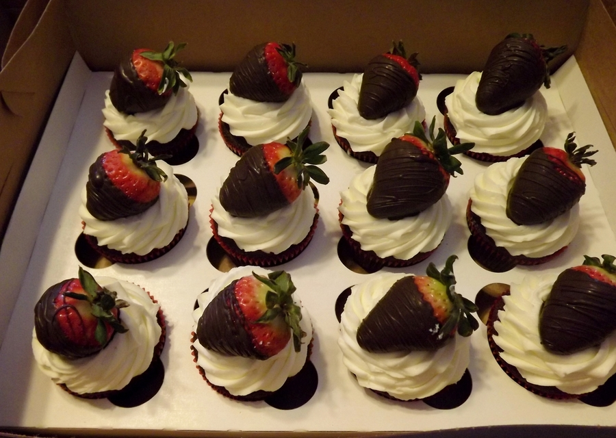 Chocolate Dipped Strawberry Cupcakes  on Cake Central