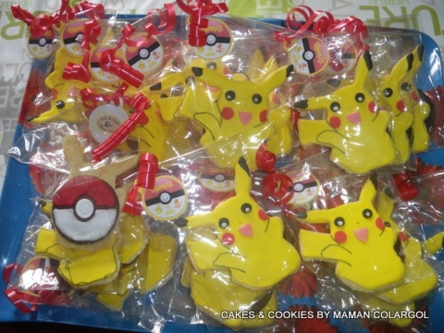 Pikacchu /pokeball Cookies  on Cake Central