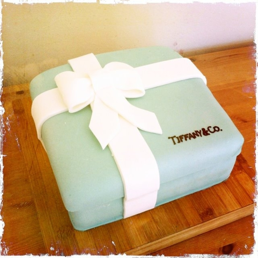 Tiffany & Co on Cake Central