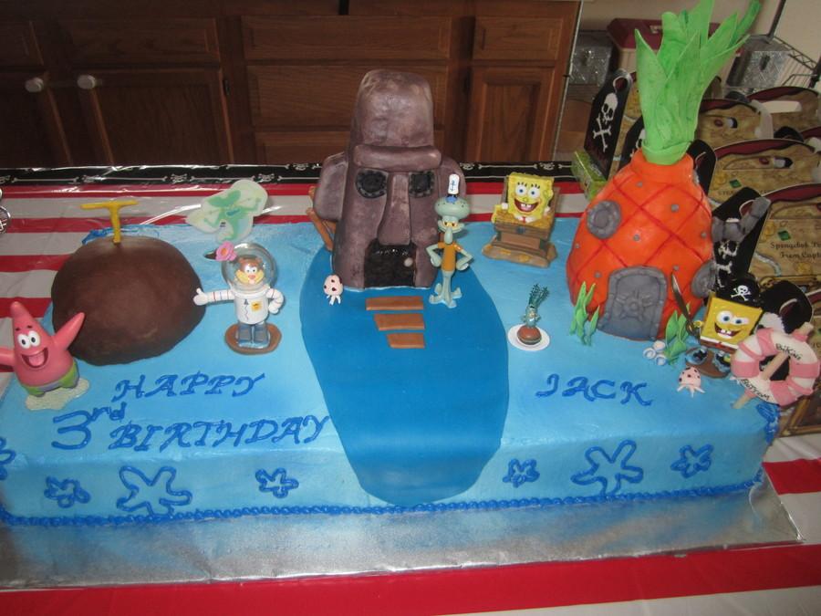 Fantastic Spongebob Pirate Bikini Bottom Cake Cakecentral Com Funny Birthday Cards Online Kookostrdamsfinfo