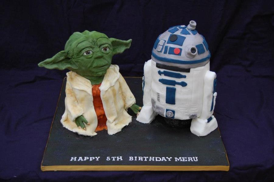R2D2 And Yoda Quite Hard Cakes To Make My Customer Was Thrilled With Them Thank Goodness on Cake Central