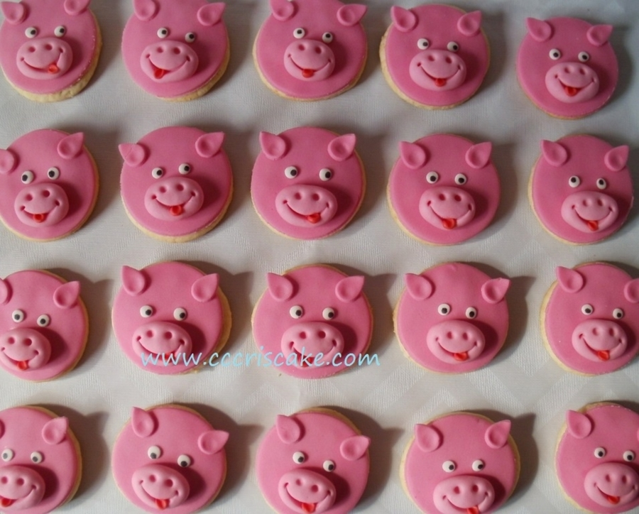 Pigs on Cake Central