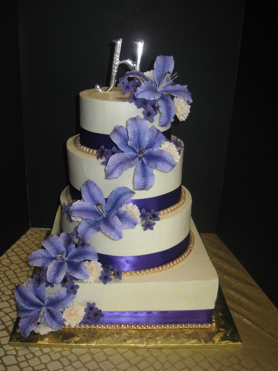 tiger lily wedding cake purple tiger cake cakecentral 21004